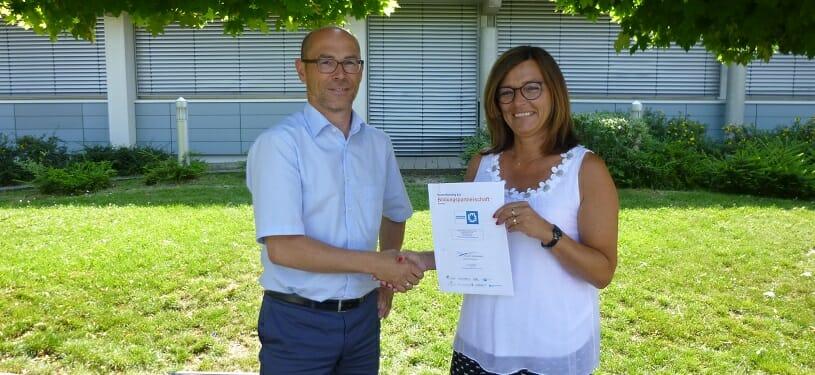 Firma Christian Maier aus Heidenheim schließt Bildungspartnerschaft mit der Egau-Schule in Dischingen.