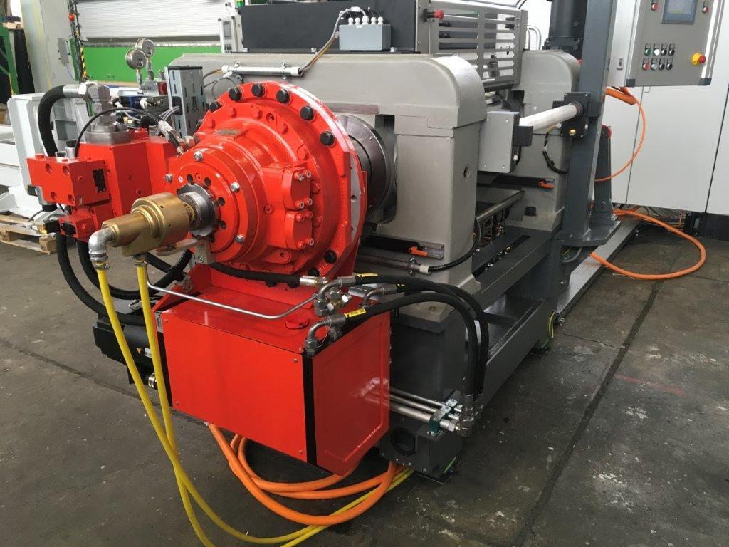 Christian Maier GmbH & Co. KG in der Gummiverarbeitende Industrie DX 240 R